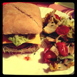 Veggie Burger  dans Qu'est-ce-qu'on mange aujourd'hui ?? img_3069-300x300